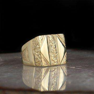 Mens Gold Square Ring